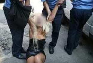 seks-v-tyurme-s-politsiey