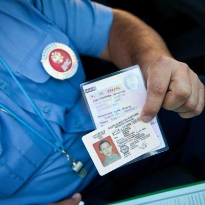 Что нужно для замены водительского удостоверения, пояснили вГИБДД