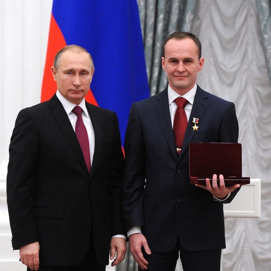 Льготы при получении звания герой россии
